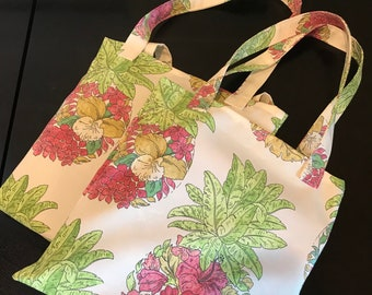 3 inch gusset Canvas bag with bold 1776 embroidered design USA made and individually handcrafted Reusable and heavy duty bag