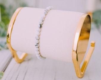 Raw White Howlite Bracelet for Women & Men - Beaded White Howlite Bracelets - Natural Tumbled White Howlite Bracelet - 9mm Stretchable