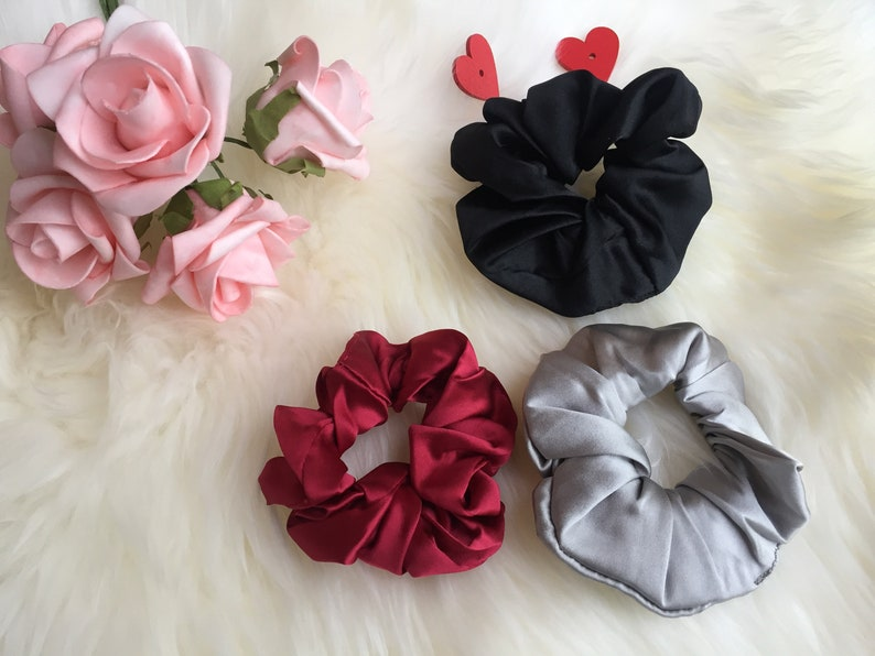 3pc silk scrunchie Set silk scrunchies for hairSilk Scrunchies;silk scrunchie setClassic silk scrunchie Durable 16mm Silk Hair Scrunchies