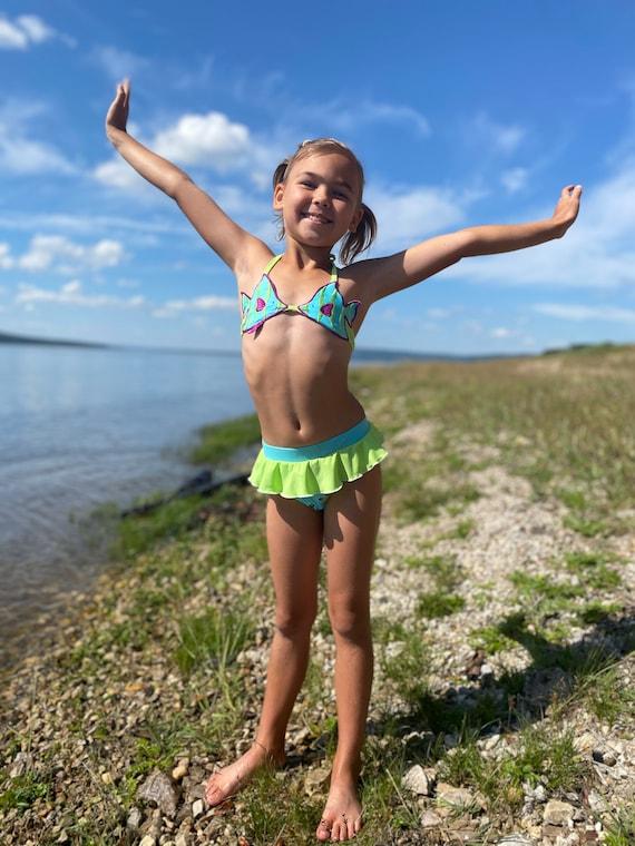 TEVEQ Toddler Kids Girls Swimsuit Ruffles Solid Bikini Outfits Sparkle Summer Swimwear