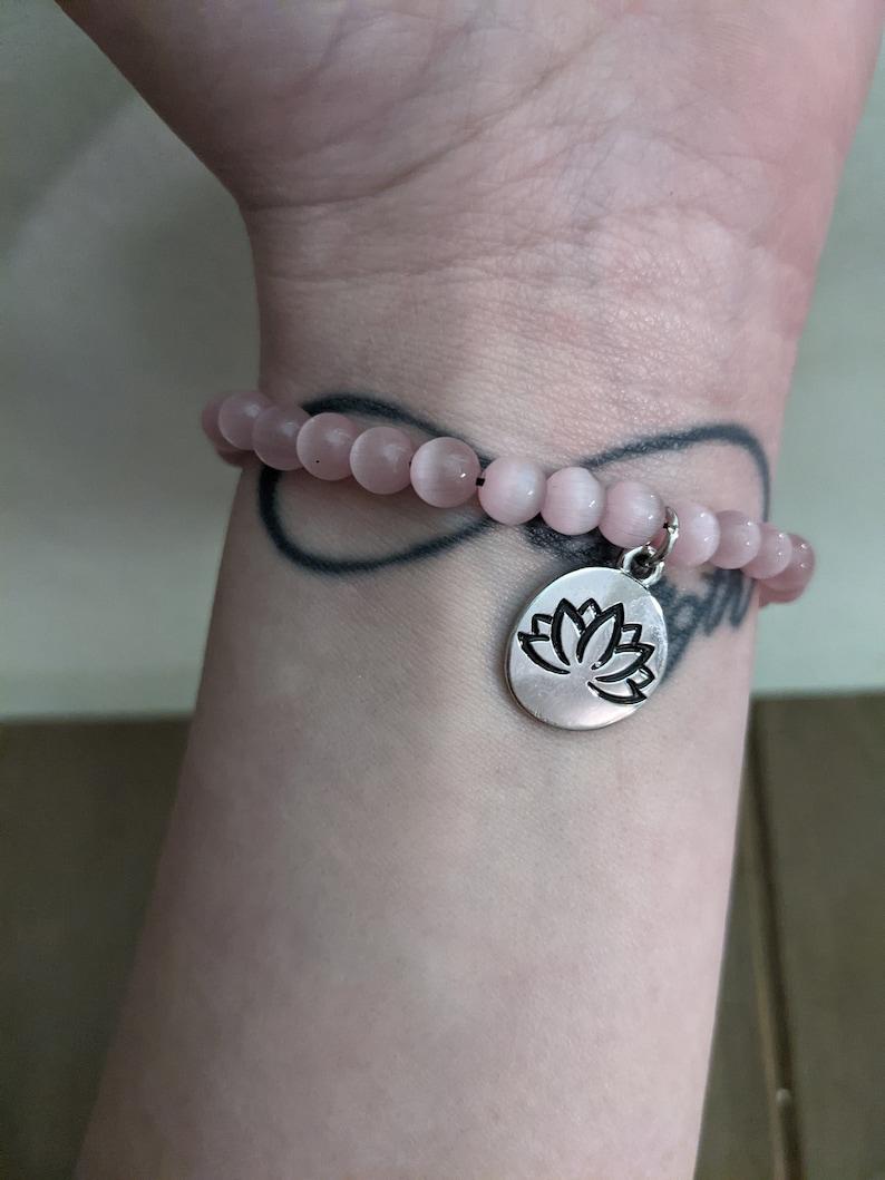 Pink Cats Eye Beaded Lotus Charm Elastic Stretch Bracelet