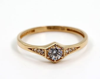 Unique Gold Solitaire Ring, Diamond Solitaire Ring, Dainty Solitaire Ring, 14k Gold Minimal Ring, Unique Hexagon Solitaire, Halloween Gift