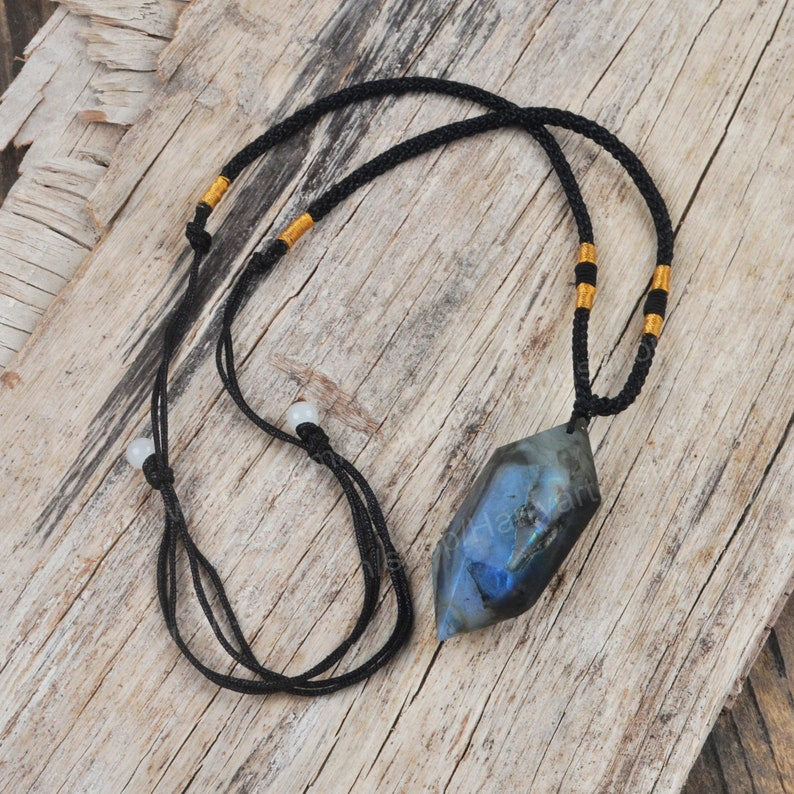 Labradorite Pendant Necklace,Natural Labradorite Hexagon Point Wrapped Necklace for Men Women,Healing Stone Crystal Meditation Yoga Necklace