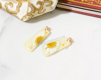 Handmade Rose Gold Stainless Steel Teal Daisy Stud Earrings