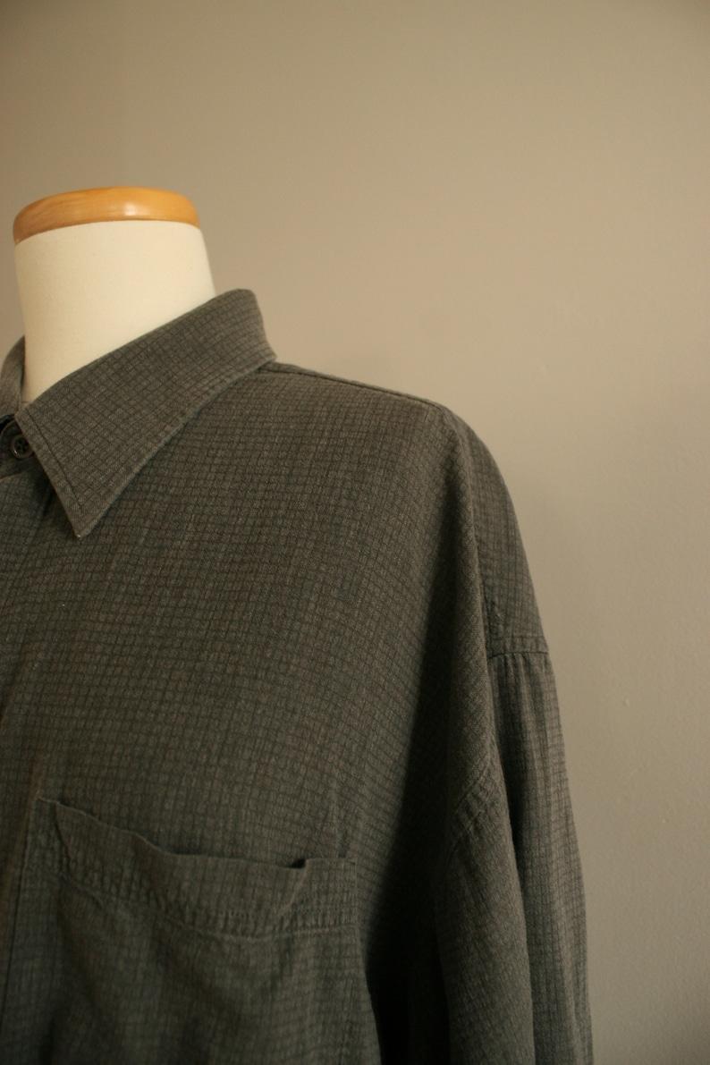 vintage Dark grey wide Large shirt textured