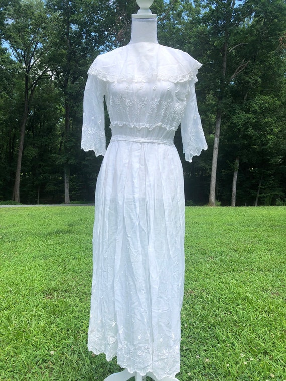 White Cotton Dress |  Early 1910's