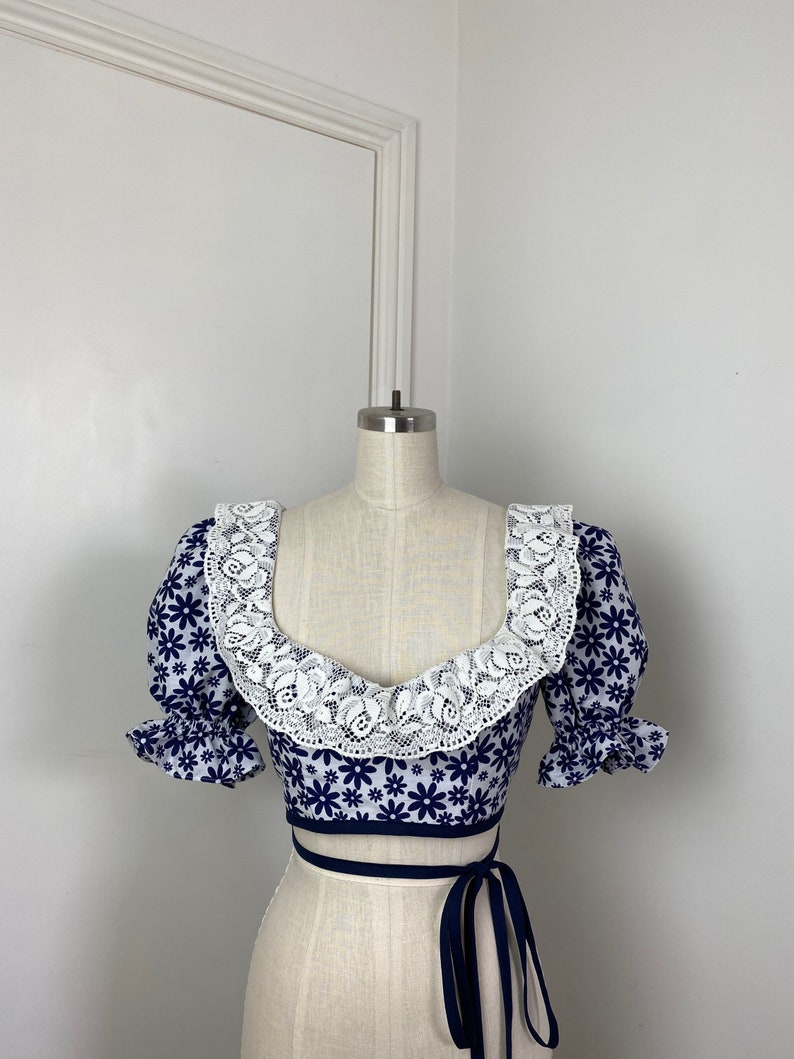One-of-a-kind short puff sleeve blouse in navy  floral