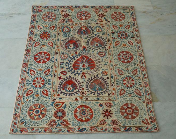 Uzbek Silk Handmade Suzani Bedspread, Embroidery Suzani Bed Cover, Suzani Linen , Authentic Vintage Suzani Blanket