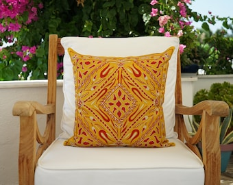 Uzbek Silk Handmade Suzani Pillow Cover, Embroidery Suzani Cushion Cover, Square Soft Pillow Case, Authentic Vintage Cushion Cover