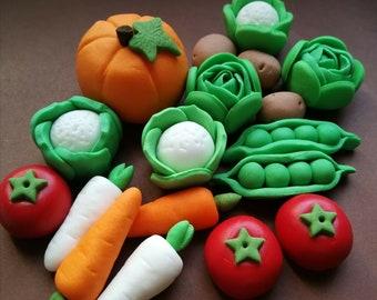 32-34 Peter Rabbit Vegetables / Cake Cupcake Topper / Edible Sugar Paste Fondant / Personalised, Handmade, Vegan