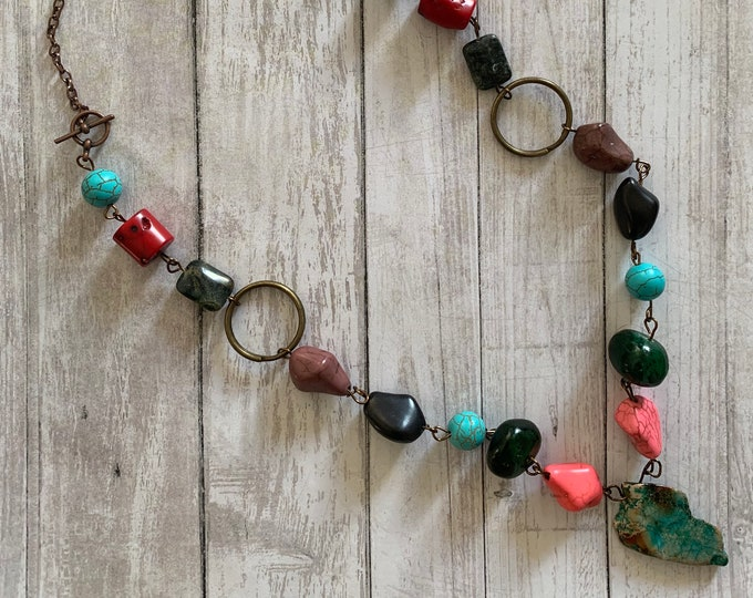 Boho/hippie necklace with stone pendant for women. 2 sizes. Adjustable length. Multi-colour beads and stones. One of a kind!
