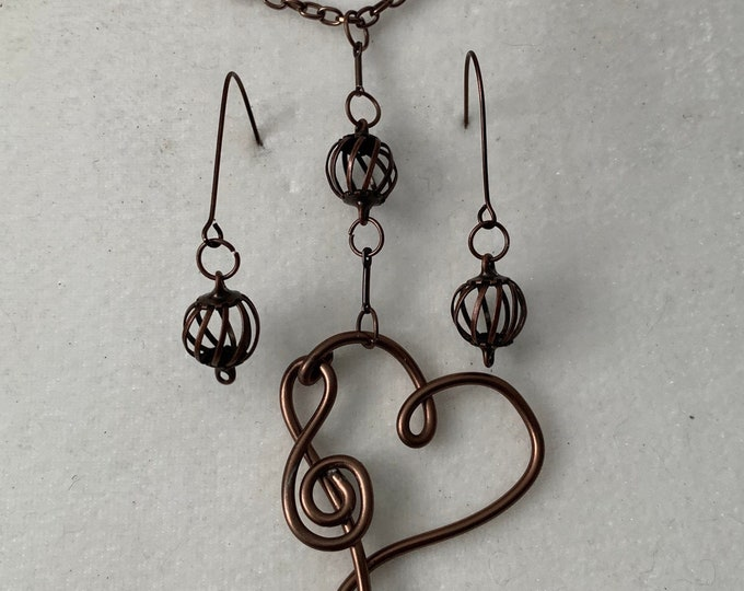 Wire wrapped heart shape,  musical note necklace with matching earrings. Gift for woman, musician. Choose copper or silver, large or small.