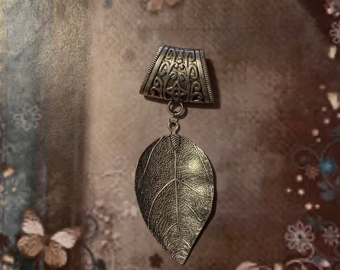 Scarf bail - Scarf pendant for women - Scarf necklace - Scarf slider - Flower scarf bail - Leaf scarf bail - Scarf charm  - Music note bail