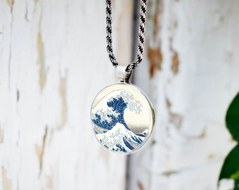 Great Wave Off Kanagawa Necklace Jewelry Art Pendant in SILVER BEZEL with Link Chain Included Cosmo14