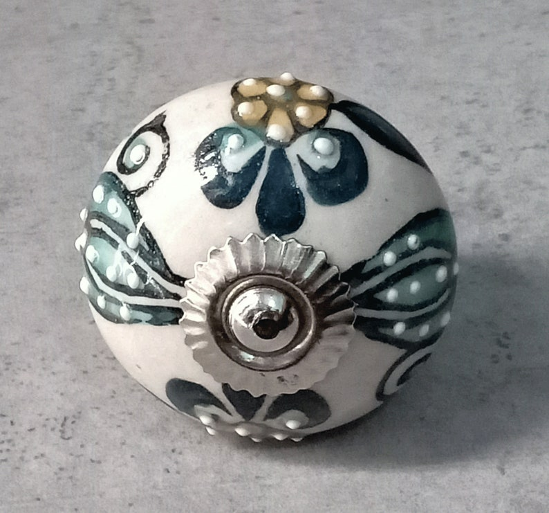 Multi Color Round Shape Hand Painted, Hand Painted Round Cabinet Knobs