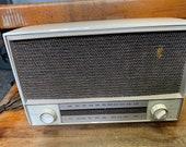 Zenith Tube Tabletop Radio