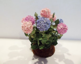 """Hydrangea, tri-color - Pink, blue, purple   1"""" scale  These are not real flowers"""