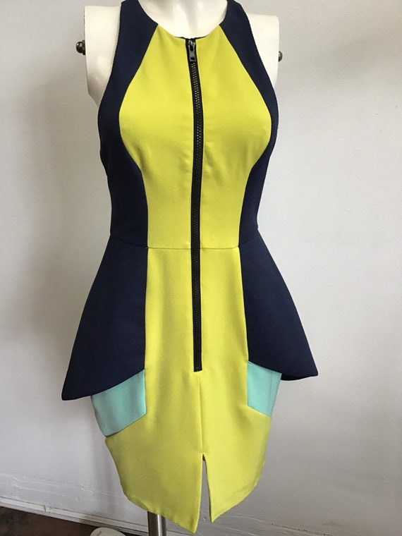 Stunning and Unique skater like dress NWT