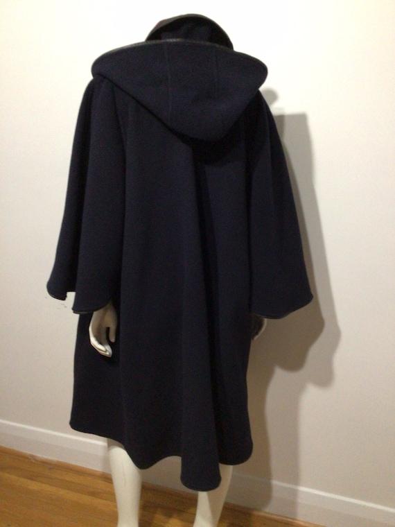 Vintage Black Wool cape, plaid interior, detached… - image 7