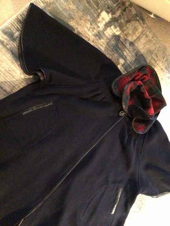 Vintage Black Wool cape, plaid interior, detached… - image 10