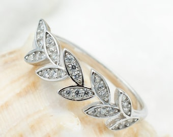 Sterling Silver Leaf Thumb Ring, Pinky Ring, Midi, Knuckle, Toe Ring for Women Teen Girls. Cute Dainty Jewelry. Valentine's Day Gift For Her
