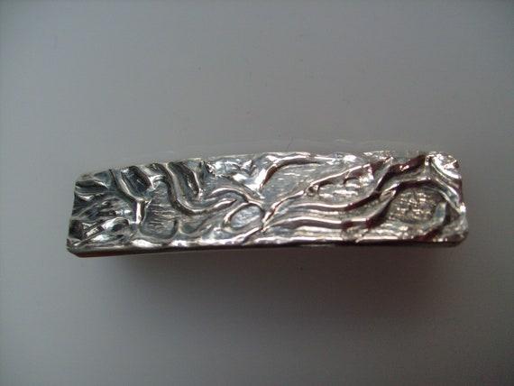 Vintage Wave Design Cuff Bracelet Silver BR 1501-E