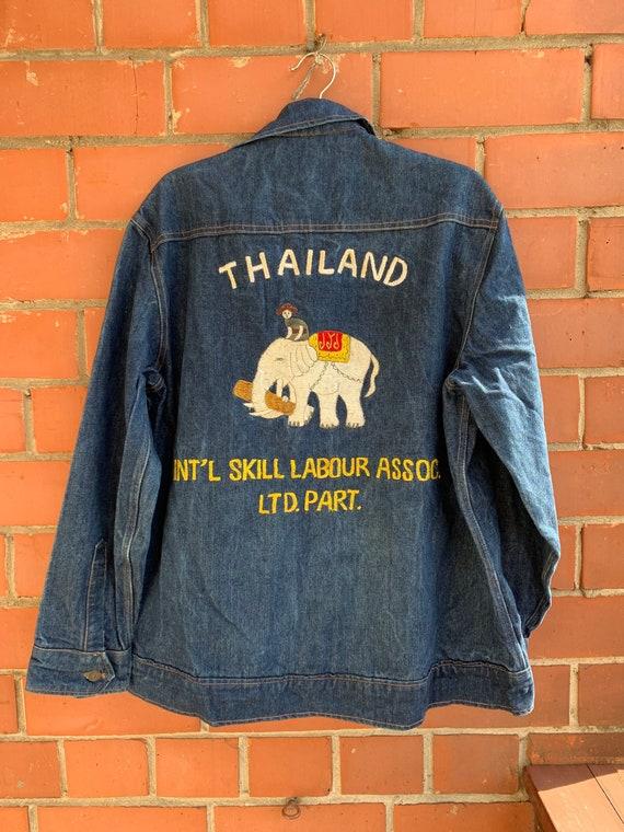 Levis Denim Jacket / Dark Blue / Thailand / Embroi