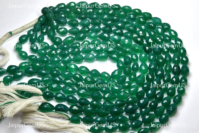 Size-9.00-11.50mm Natural Green Onyx Straight Drilles Fancy Faceted Drops Shape Beads 9 Inches Strand