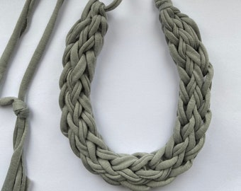 T-shirt yarn necklace,  light grey necklace, finger knit necklace, gift for her