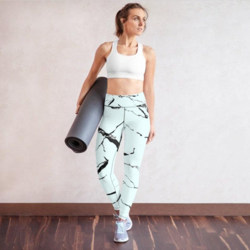 Gift for Her Tie-Dye Marble Design Sports Bra Valentine day gift, Festival fashion Crop Top Hippie Sports Bra