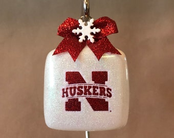 """Handmade University Of Nebraska Cornhuskers 3"""" Square Glass Cube Shaped Christmas Ornament, Made In The USA, New, Personalization Available!"""