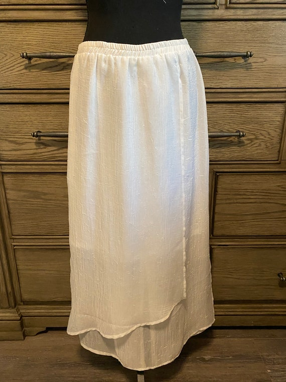VINTAGE White Sheer Textured Wrap Skirt - Long wit