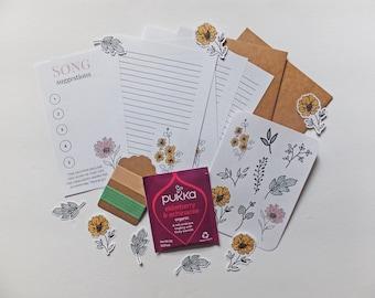 Mini Floral Snail Mail Kit   Mini Summer Snail Mail Kit   Mini Snail Mail Kit   Happy Mail   Pen Pal Kit   Snail Mail Kit   Stationary Set