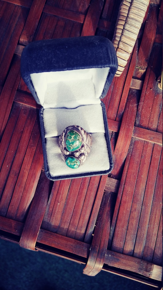 Vintage old pawn sterling silver turquoise ring si