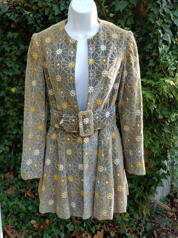 Vintage 1970s velvet belted designer jacket.