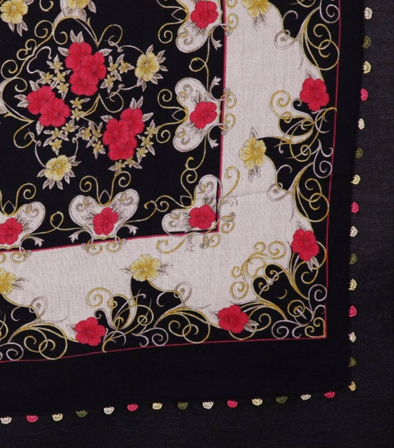 NEEDLEPOINT EMBROIDERY SCARF