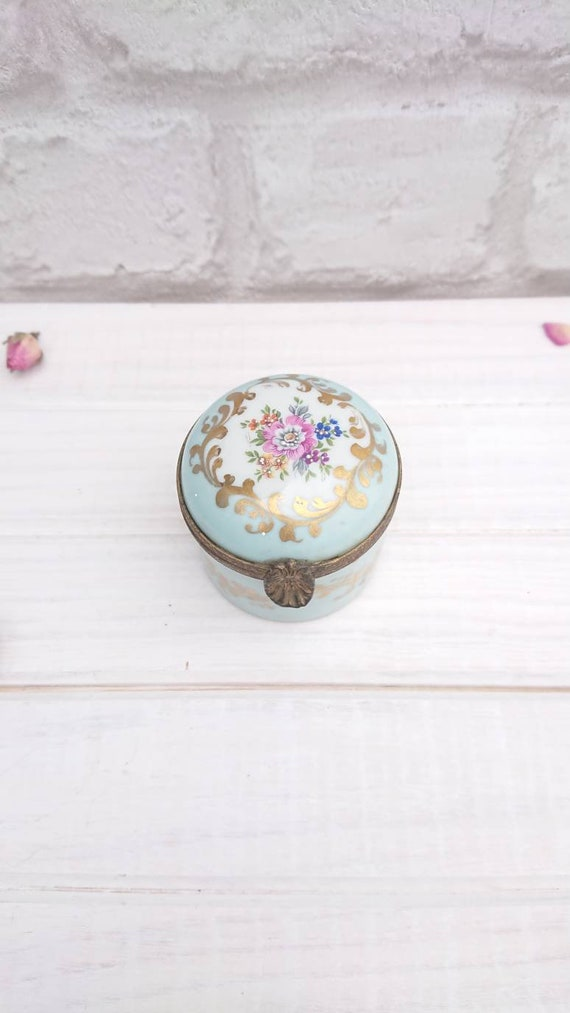 Vintage Dubarry Limoges Porcelain Hand Finished Tr