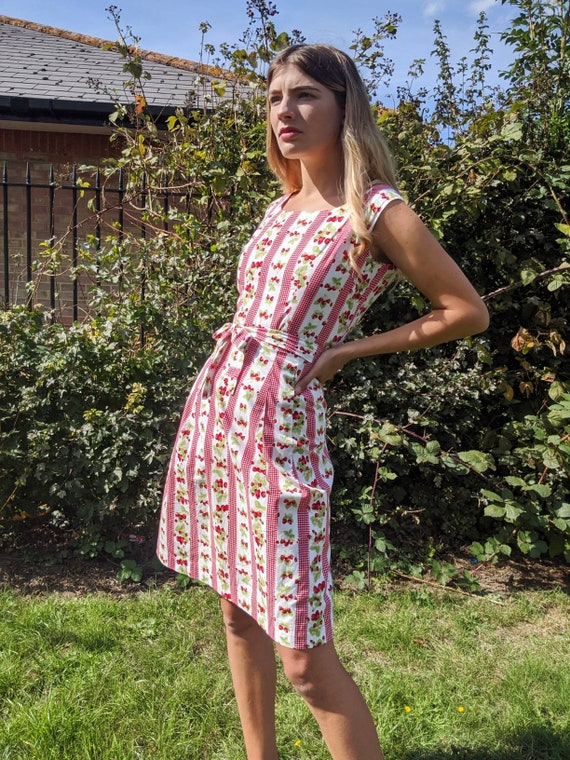 1950s/60s Strawberry Print Vintage Midi Dress Prai