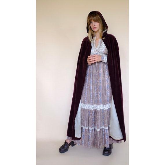 Vintage 60s/70s Brown Velvet Maxi Cape Robe Coat … - image 7