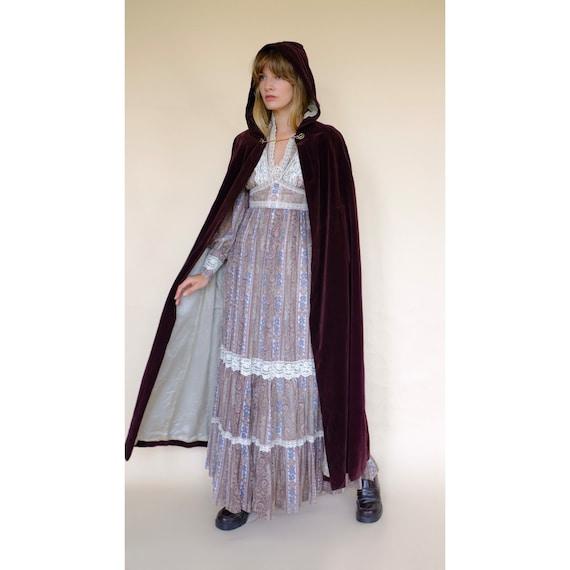 Vintage 60s/70s Brown Velvet Maxi Cape Robe Coat … - image 2