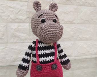 Amigurumi Hippos | Crochet hippo, Crochet, Crochet crafts | 270x340
