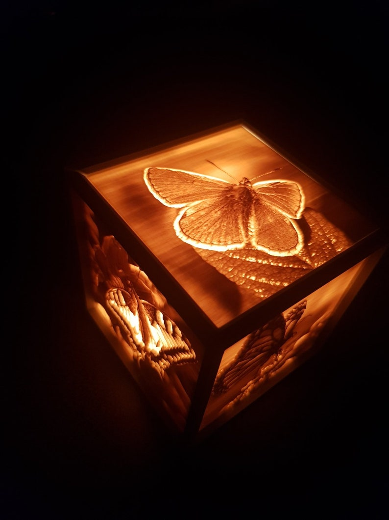 Personalized lightbox