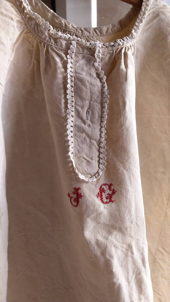 Antique French ecru linen chemise