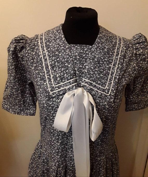 Vintage Laura  Ashley  1980s dress size 10.