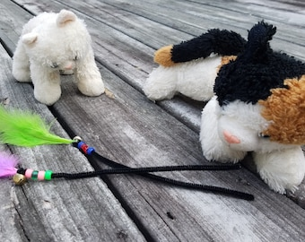 Feather Friends / Cat Toys to Bring You Joy :) / Pipe cleaner jingle bells feather fun for cats 2-pack