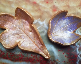 Leaf Trinket Dishes / Oak Leaf / Maple Leaf / Grapevine Leaf / Whimsical Leaf / Hand Painted Small Dish Bowl / Metallic Finish