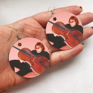 Lewis Capaldi Double Bass Pink Necklace OR Keychain KeyRing Circle Y2K Kawaii Cute Art Hoe Culture Harajuku Vintage Retro KPOP Aesthetic