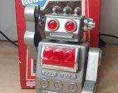 Robot Vintage Wind-Up Sparkling Walking 1970s Ray Robot N 3214 In Original Box Rare