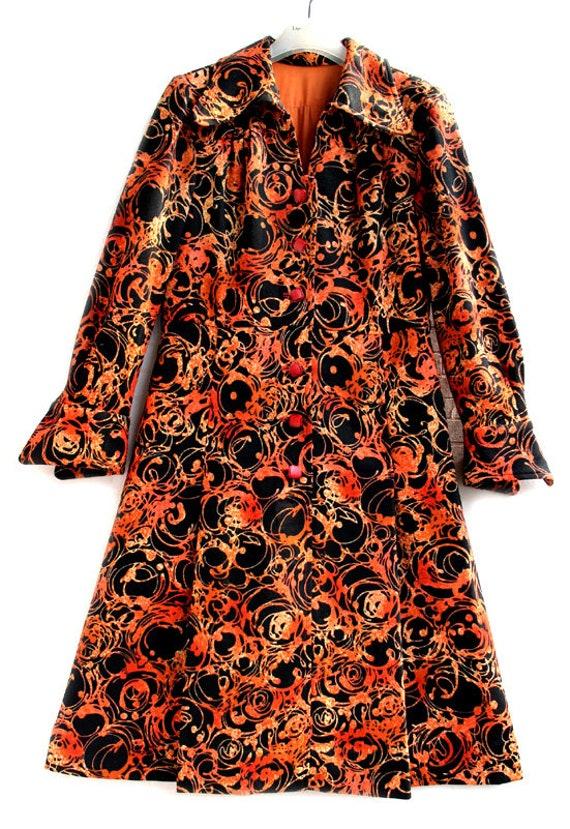 Japanese Orange And Black Pattern 60s Collar Japa… - image 2