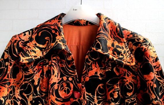 Japanese Orange And Black Pattern 60s Collar Japa… - image 7